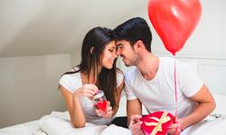Варианты бюджетных подарков для парня на День Влюбленных